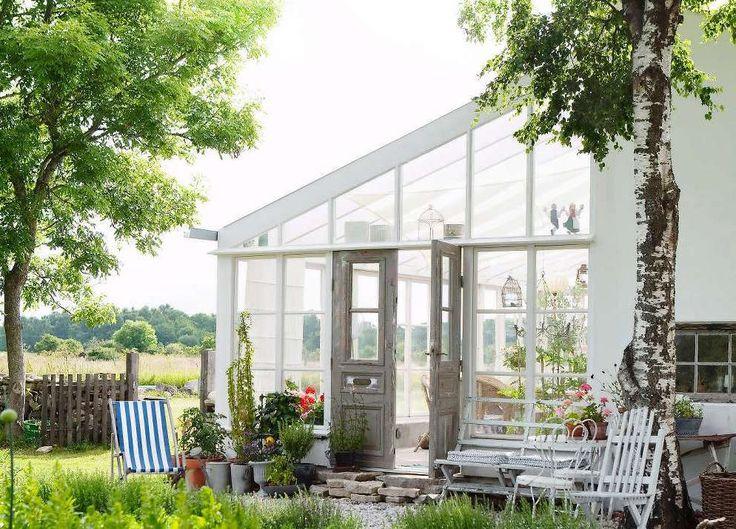 växthus av återbruk på gotland. foto ulrika ekblom