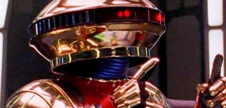 Um dos maiores comediantes da cena atual de Hollywood acaba de se unir ao elenco de Power Rangers para interpretar ninguém menos que Alpha 5, o simpático androide que auxilia Zordon e seus escolhidos na luta contra Rita Repulsa e as forças do mal! O THR confirmou que Bill Harder foi escalado pelos estúdios pouco …