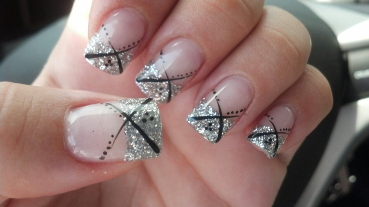 Red and silver nail designs for prom : Love the silver glitter nail design prom nails