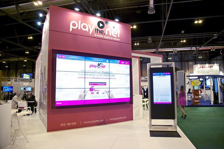 Stand playthe.net en la feria de Digital Sign World