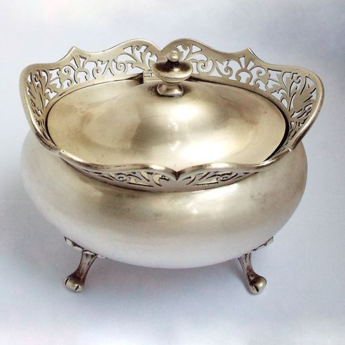 Stunning-Large-decorative-English-Antique-1916-Solid-Sterling-Silver-Tea-Caddy