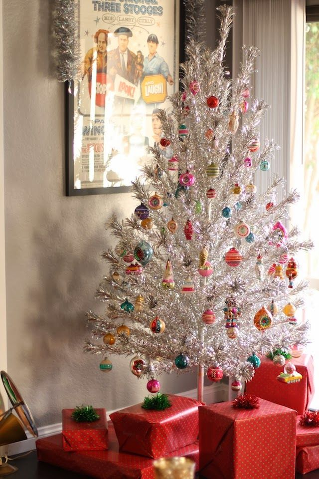 When Decades Collide: Candice's Christmas Tree   Christmas tree, Christmas decorations, Christmas