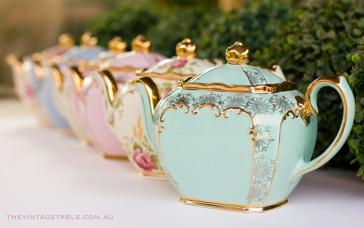 Vintage Teapots - via the vintage table
