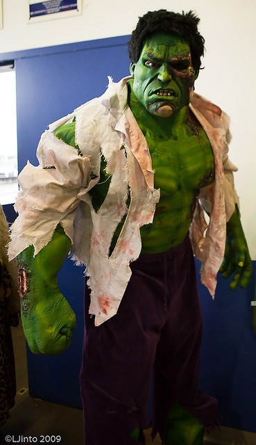 Incredible Hulk. Curated by Suburban Fandom, NYC Tri-State Fan Events: http://yonkersfun.com/category/fandom/
