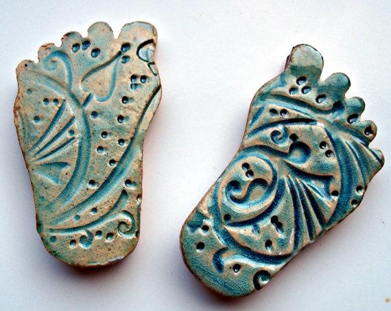 Ceramic feet fridge magnets by NadraliAndBen on Etsy, £5.00