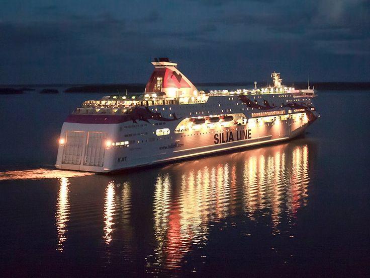Valomeressä matkalla Turusta Tukholmaan, Baltic Princess.