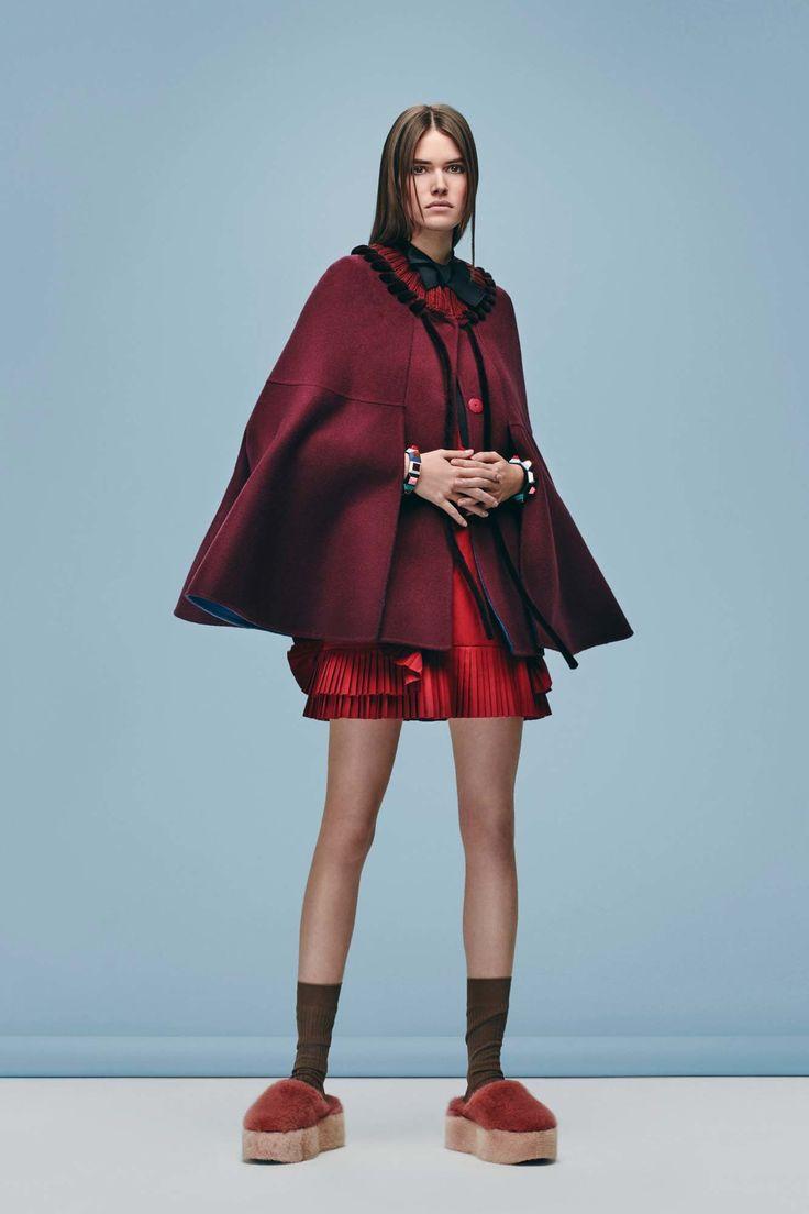 Fendi Pre-Fall 2016 Collection Photos - Vogue (the arm holes!!)