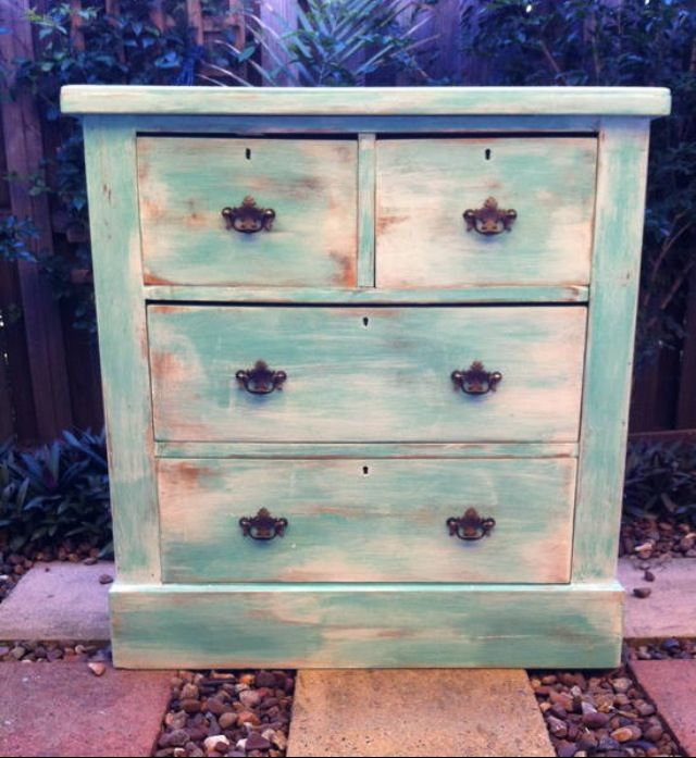 1000 Ideas About Chester Drawers On Pinterest Bedroom