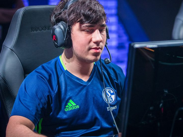 Gilius and sprattel leave Schalke 04 http://splitpush.net/news/gilius-sprattel-leave-schalke-04/ #games #LeagueOfLegends #esports #lol #riot #Worlds #gaming