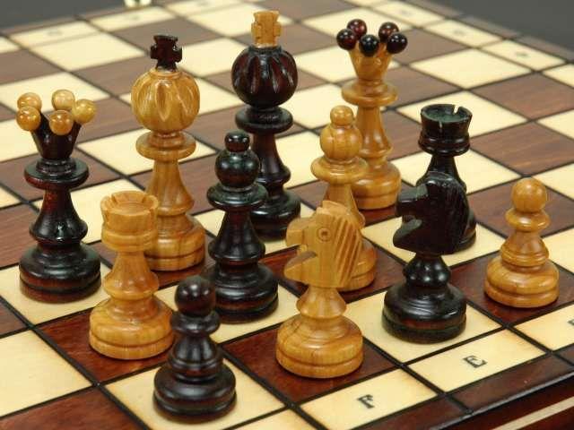 【楽天市場】高級木製チェスセット:Poseidon(ポセイドン) chess駒盤 数量限定販売【楽ギフ_包装】:ホビーマート