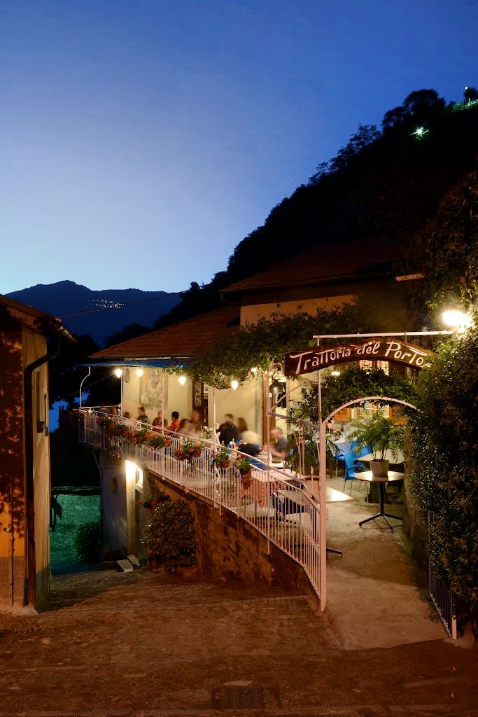 A travel guide to Nesso:  Tre Rose or Trattoria del Porto.   book in advance if you'd like a seat on the terrace for Trattoria del Porto (pictured above) to enjoy the views.