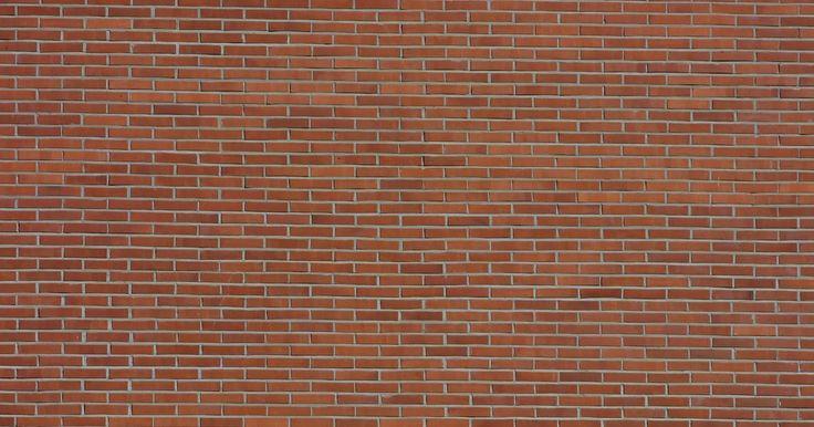 Cómo obtener una línea recta de un muro. Obtener una línea recta cuando se construye un muro es importante porque sin una línea recta no se puede construir una pared recta. Hay muchas maneras diferentes de obtener una línea recta y dependiendo del tipo de pared en la que vas a construir el proceso será diferente. Por ejemplo, si planeas construir un pequeño muro de contención, utilizarás ...