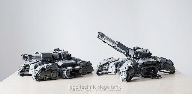 Lego Technic Starcraft 2 Siege Tank     by drakmin, via Flickr