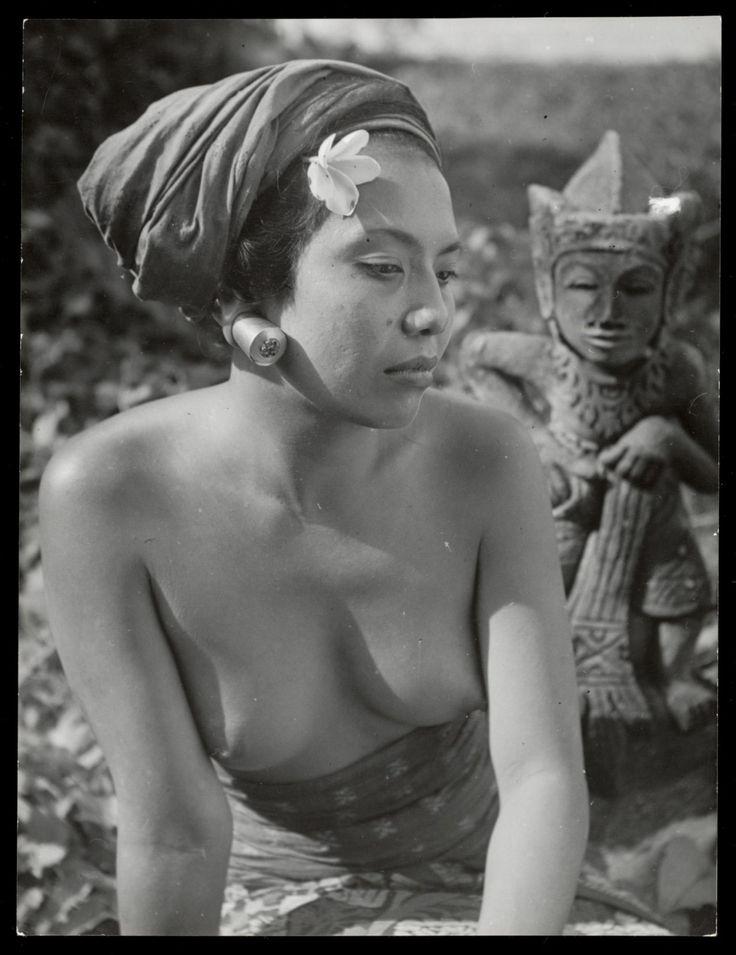 Charles Breijer. Balinese echtgenote van kunstschilder Lemajeur (1947-1953)