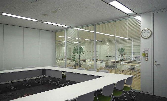 株式会社エヌ・ティ・ティ・データCCS様のコクヨのプランナーウォール納入事例 コクヨファニチャー