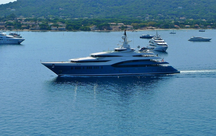 Cruising in style at Saint-Tropez