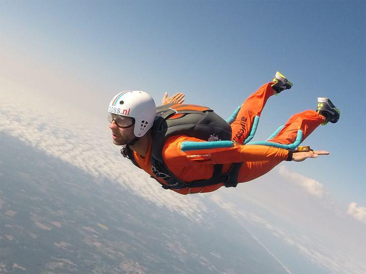 Skydive training Mimizan, France. Level 5