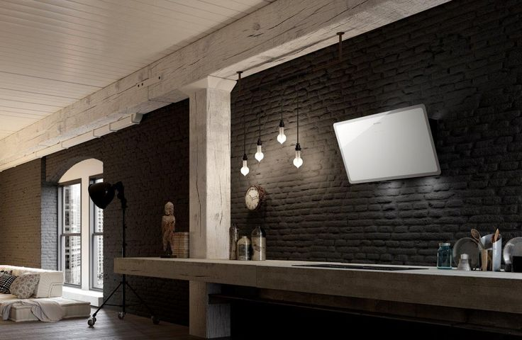 The ultra-thin Glam-Light, a slightly sloping hood over the cooking hob, is offered in five soft colours with contrasting edges, and gives the kitchen a touch of glamour. The range includes the white glass version with grey edge, one in dark grey with a light grey frame, pale pink-white and total white with transparent edge.