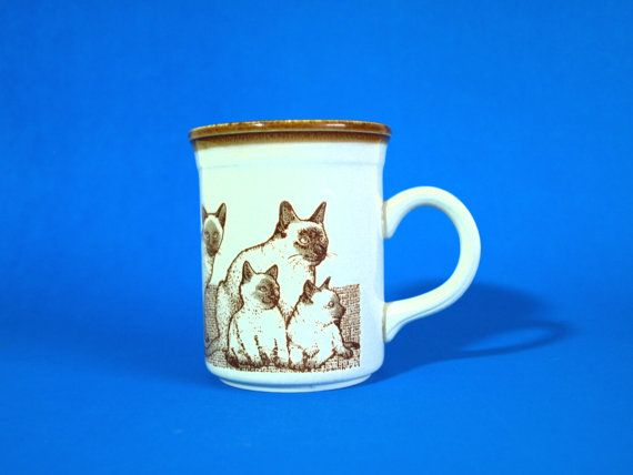 Biltons Siamese Cats and Kittens Mugs  Vintage by FunkyKoala