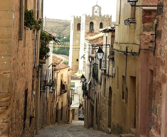 I cannot wait to visit this medieval town later this week during my trip to Madrid. Siguenza looks beautiful.