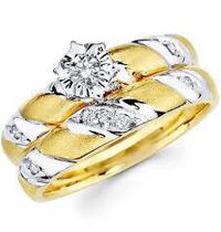 ck-21 spesifikasi  : bahan ( emas kuning ) berat   ( 10 gram ) sepasang berlian Free grafir nama & kotak