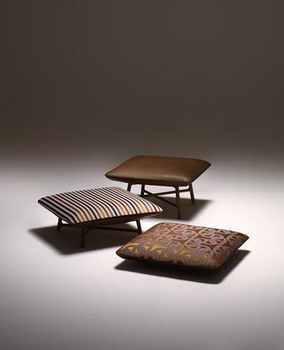 Banquinho quadrado por Philippe Nigro para Hermès