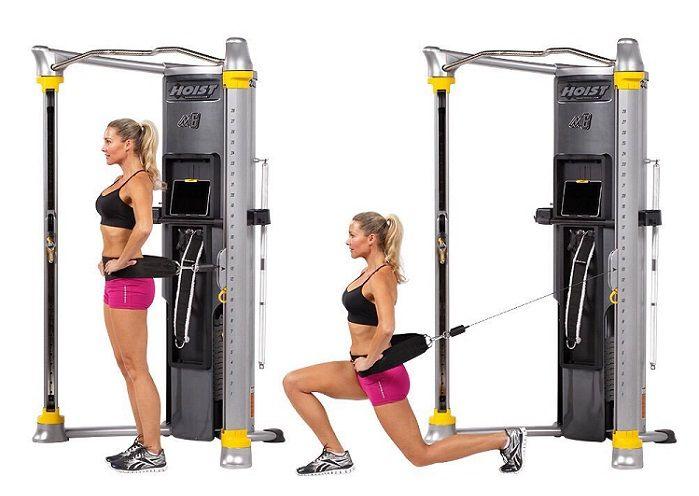 #EjercicioFuncional para fortalecer piernas y glúteos – lunge o zancada con peso.