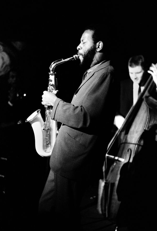 Ornette Coleman, Composer and Saxophonist Who Rewrote the Language of Jazz, Dies at 85 (Ornette Coleman performing at the Village Vanguard in 1961 Ornette Coleman, Composer and Saxophonist Who Rewrote the Language of Jazz, Dies at 85 (Ornette Coleman performing at the Village Vanguard in 1961)