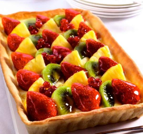 Рецепт Классический фруктовый тарт с клубникой с ягодами. Приготовление   блюда