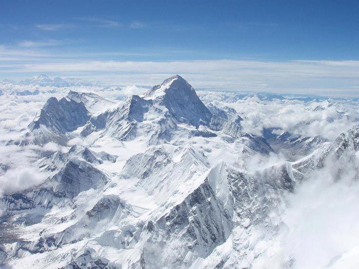 April 3 - First flight over Mt. Everest