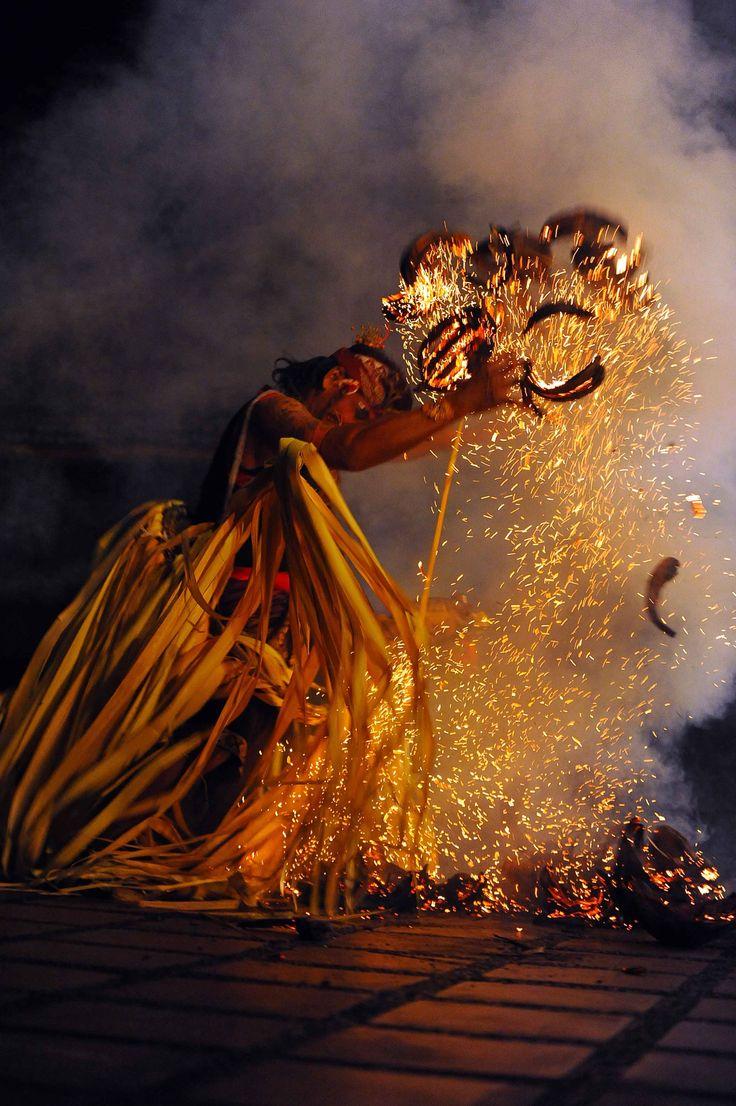 #Bali Kecak Dance, Fire Dance and Sanghyang Dance Evening Tour // #Indonesia #Travel