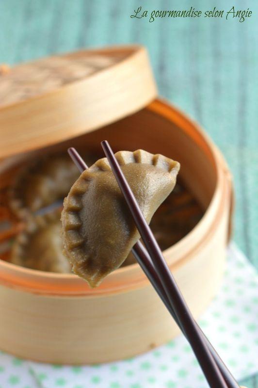 ravioles au thé matcha {poireau, tofu fumé & champignons} #vegan