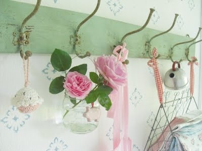 lovely green hanger with pink roses!! oh, how sweet!