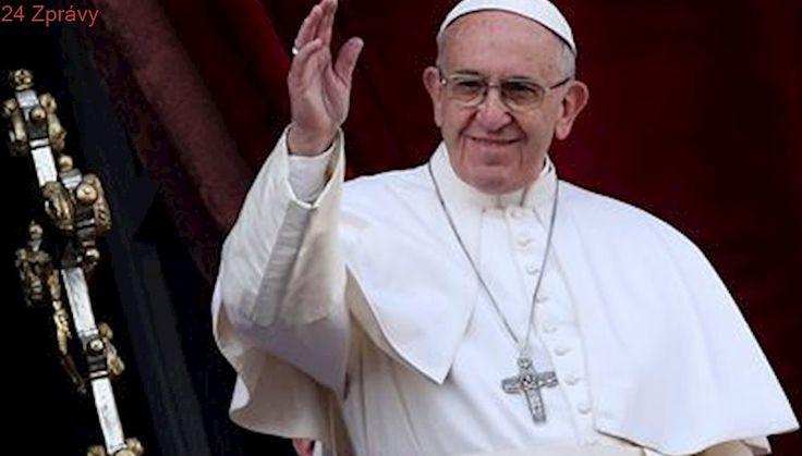 Budvar navaří zvláštní pivo pro papeže Františka, věnuje mu 122 lahví