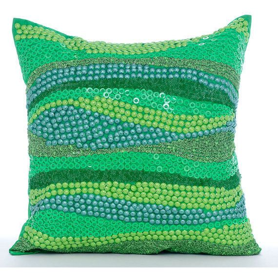 Best 25 Green Pillows Ideas On Pinterest Green Throw