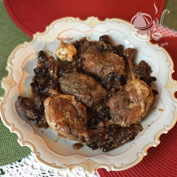 Udka pieczone w piekarniku z suszoną śliwką