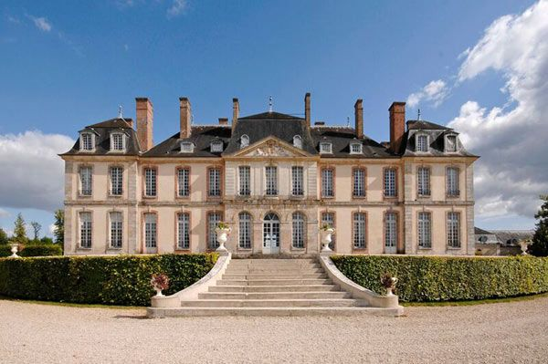 Chateau De La Motte Tilly Chateau France Chateau Castle House