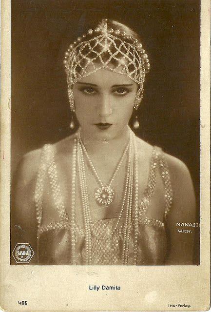 Lily Damita - Studio Manassé 1920