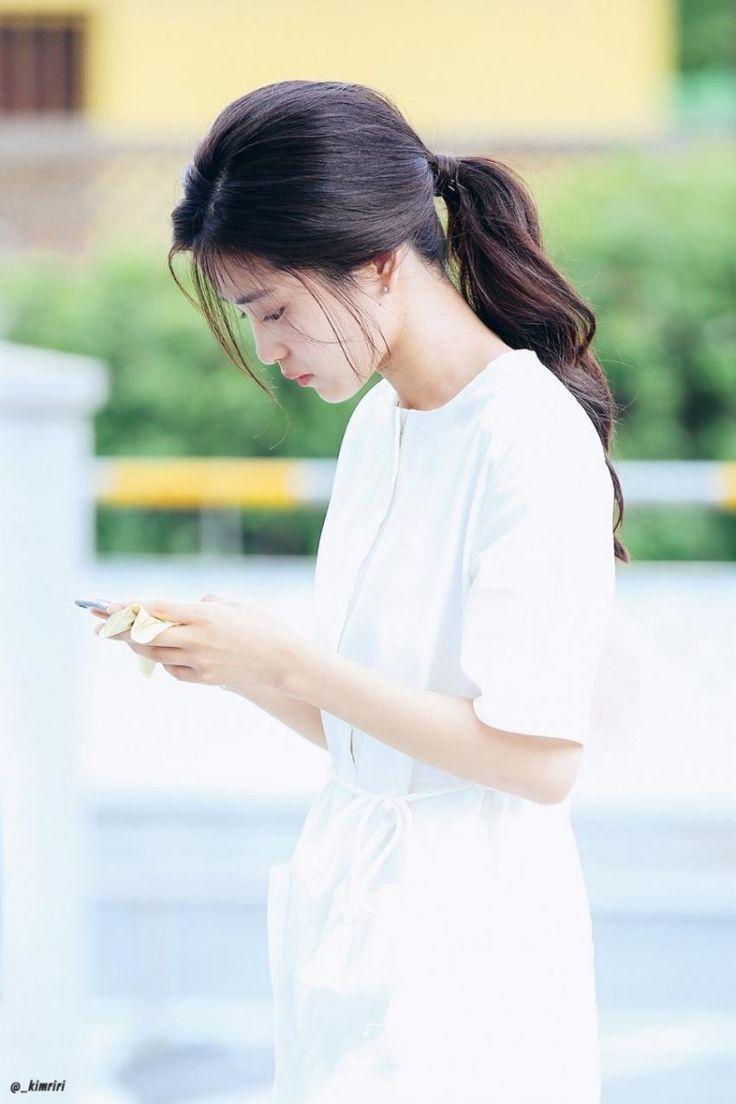 김태리(金泰梨 Kim Tae-ri) web_3554652814_0dfb1d1e_image.jpeg (800×1200)