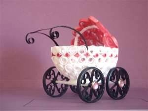 Quilling, quilled baby carriage  #babyshower #quilling