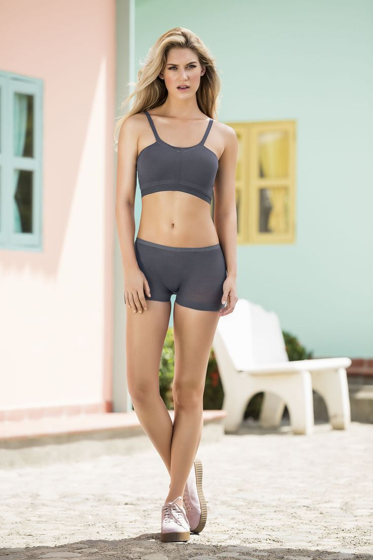 Discover our new lingerie collection / Descubre nuestra nueva colección de bralettes y panties