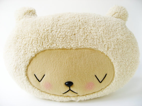 °: Plushies Awake, Bears Plushies, Kawaii Bears, Cream Sherpa, Rooms Ideas, Pillows Rooms, Asleep Cream, Bears Pillows, Awakeasleep Kawaii