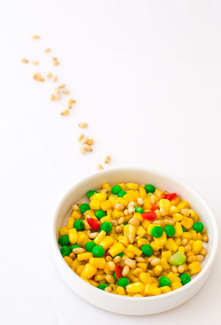 Corn and pine nuts. A colorful and healthy vegetarian dish.