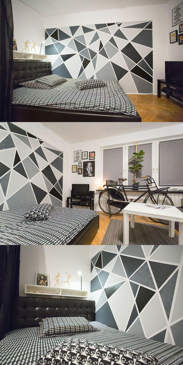 Multifunkcyjny pokój stylisty fryzur lubującego się w monochromatycznych przestrzeniach.