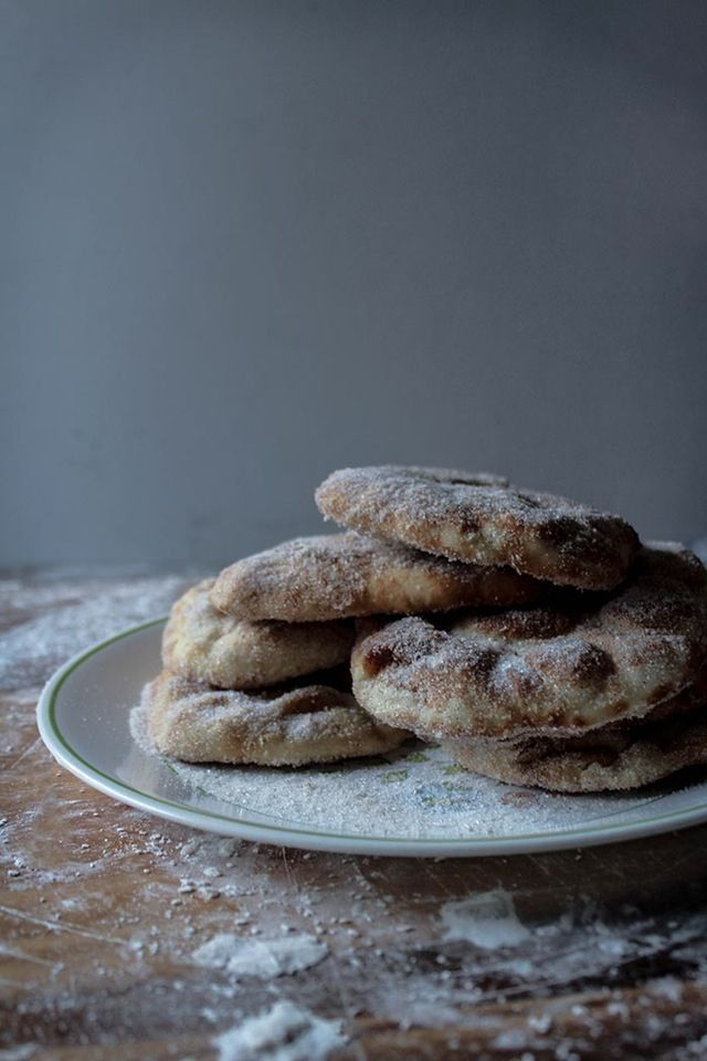 Check this out: In the Kitchen With: Brett Braley's Cinnamon Naan Elephant Ears. https://re.dwnld.me/cQpT9-in-the-kitchen-with-brett-braley-s-cinnamon-naan-elephant