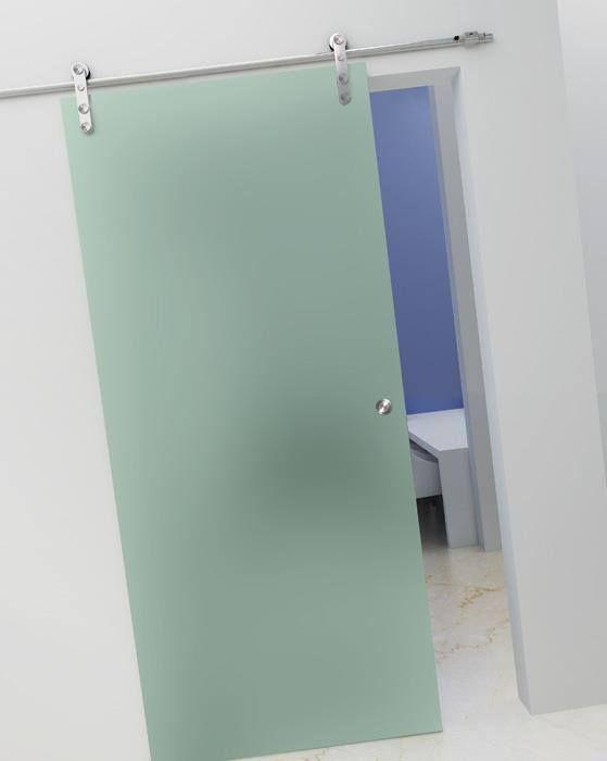 Συρόμενη κρυστάλλινη σατινέ πόρτα με ανοξείδωτους μηχανισμούς.