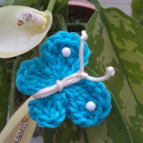 Make a Cute Crochet Butterfly www.guidecentr.al/Make-a-Cute-Crochet-Butterfly/n1QAk77Hva