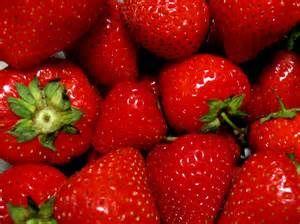 Le fragole sono un frutto buono, sano e ricco di vitamine e nutrienti utili per il benessere di corpo e mente