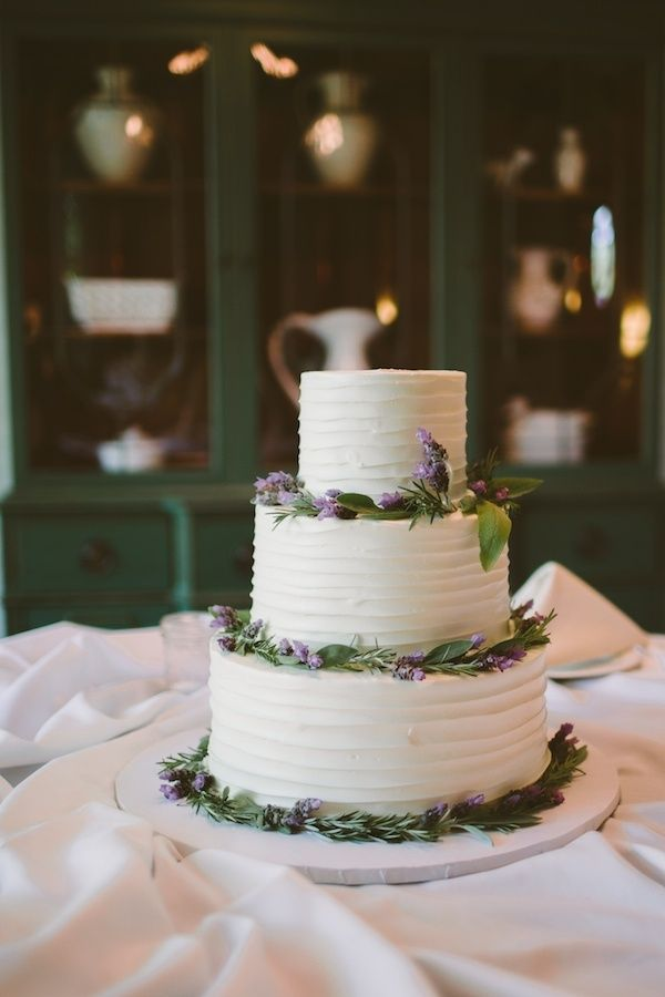 wedding cakes with purple accents 14 best images about wedding cake on orange 26088