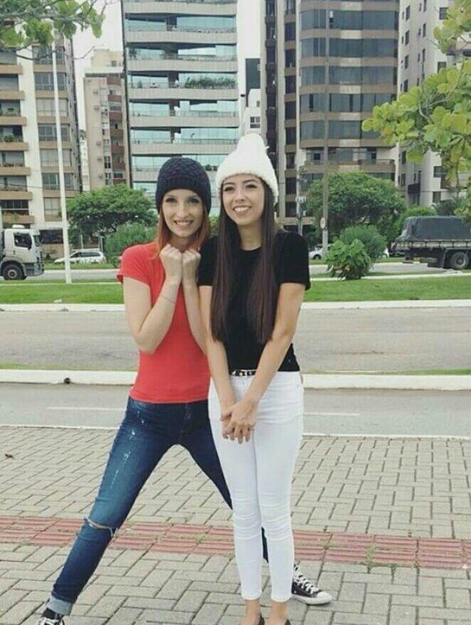 Thali e Gabie tão cute cute nessa foto